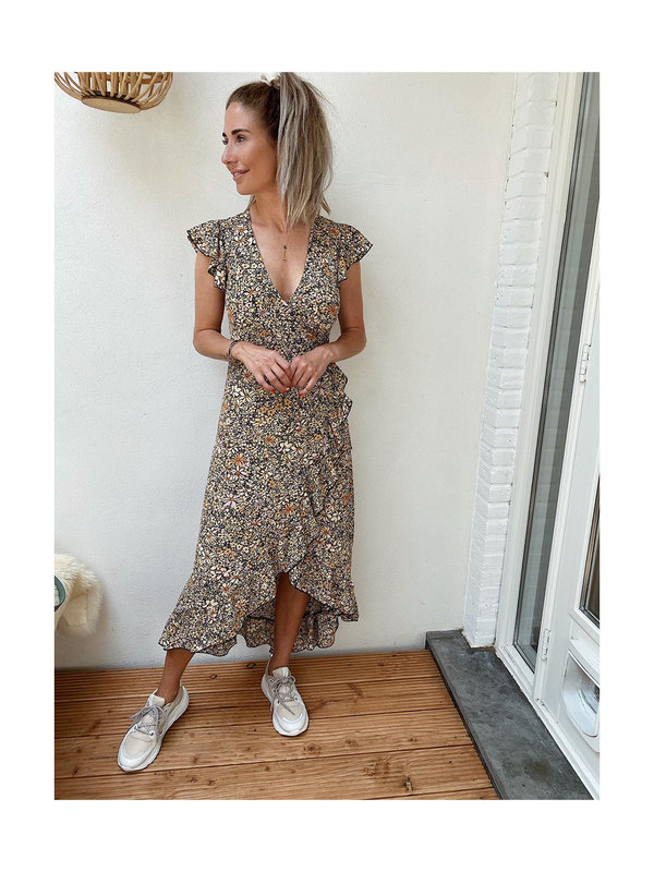 By Sara Collection Blair Flower Dress