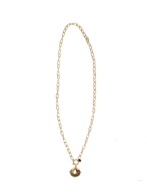 By Sara Collection Necklace Big Shell