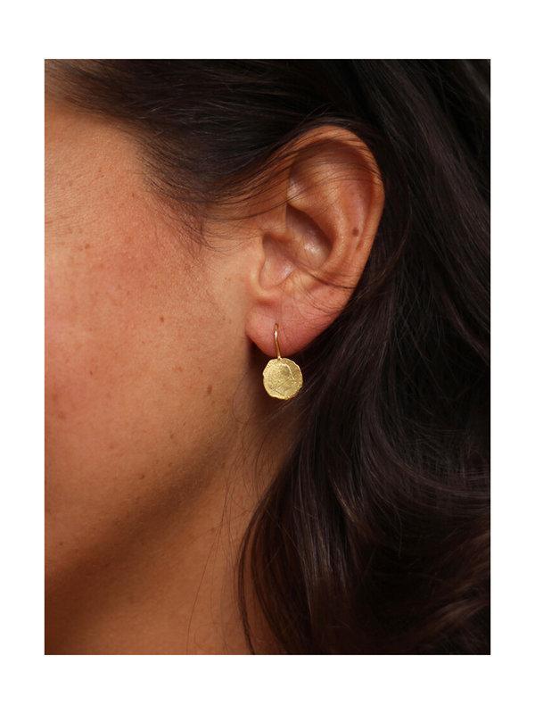 Betty Bogaers Ten Cent Earring Gold Plated