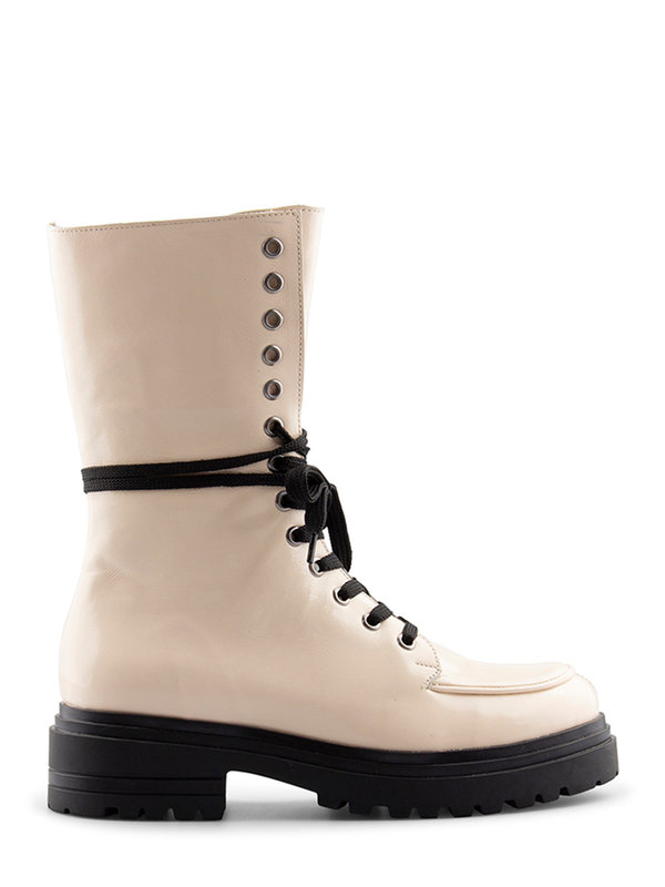 Deabused Coco Boots Off White