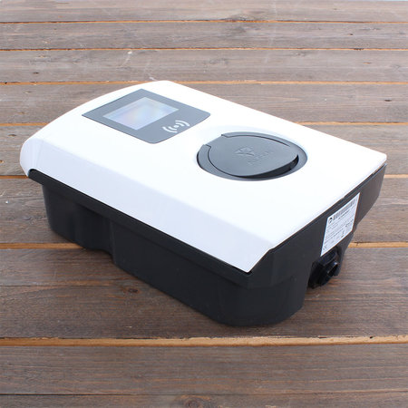 Alfen  Eve Single Pro-line - 3 x 32A (22kW) - Socket - RFID - E-Flux