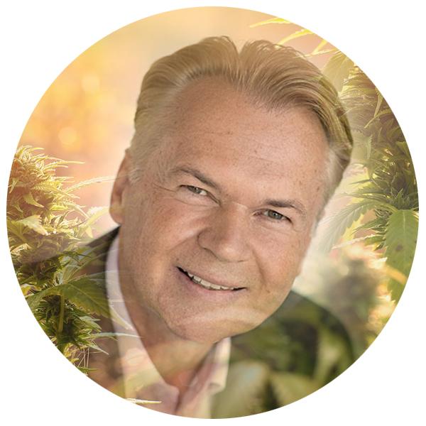 Dr. Klaus Bechter von CBD Vital - Vitrasan