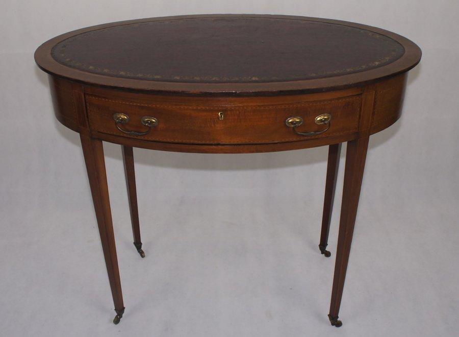 Edwardiaanse ovale tafel