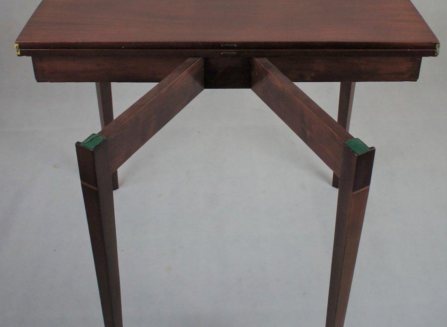 Uitschuifbaar tot vierkante tafel - UK - Ca 1800