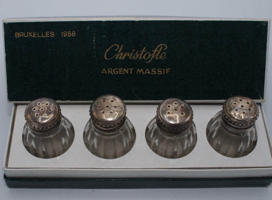 The glass salt vessels have a .925 silver cap - Brussels 1958