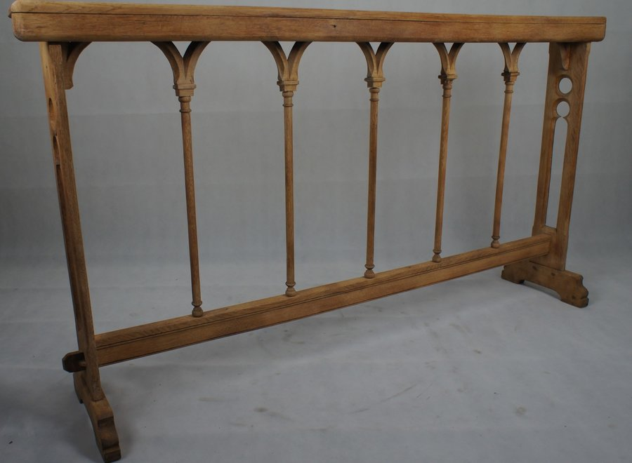 Communion sofa without seat in solid oak