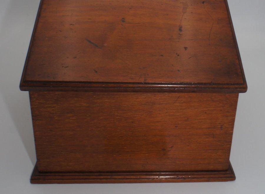 Letter box in mahogany