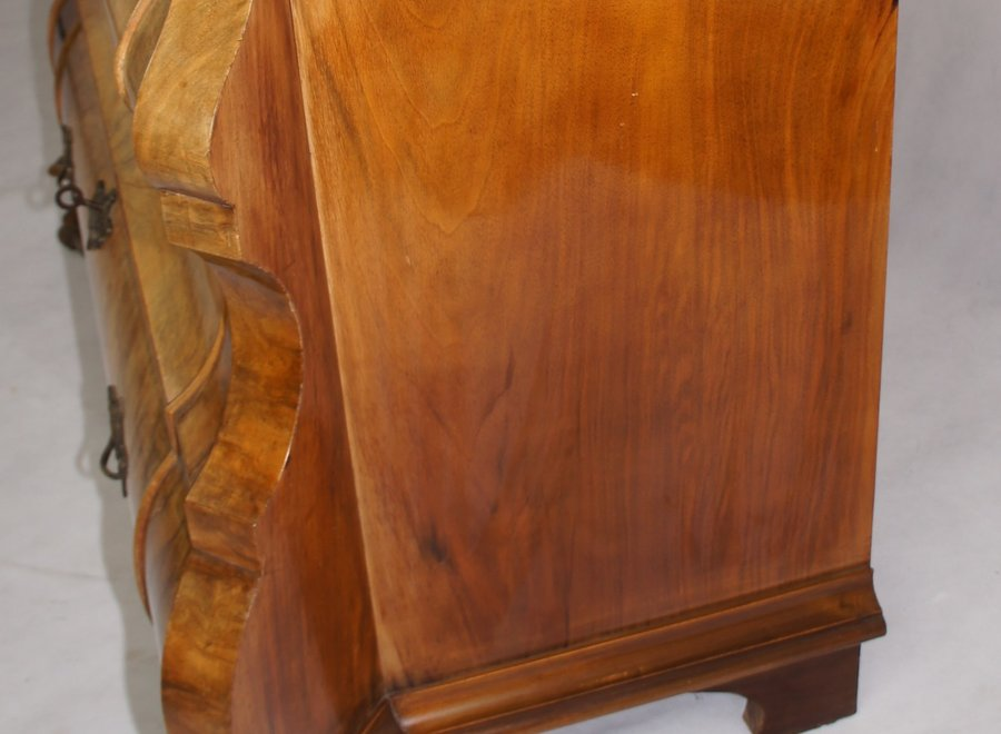 Beautiful chest of drawers in root wood - the Netherlands - Mid 20 ° Century