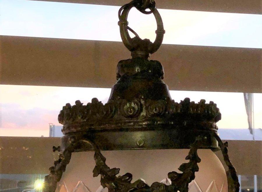 Zwart gepatineerde, bronzen hanglamp uit Frankrijk  - Ca 1900/1930