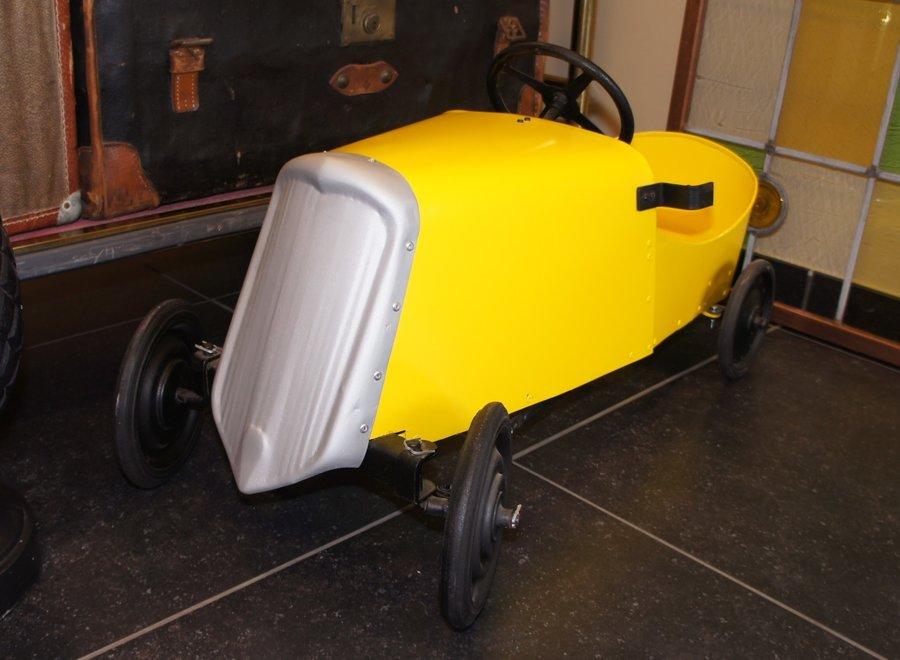 Vintage retro trapwagen