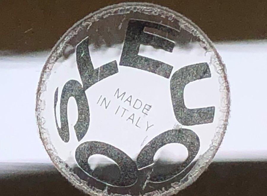 2 lampen Leucos - puur Italiaans design in glas van tinten blauw