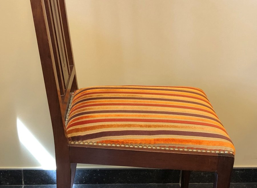 Jugendstil - table and 4 chairs