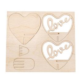 """Houten steekdeel """"Love"""" 10cm"""