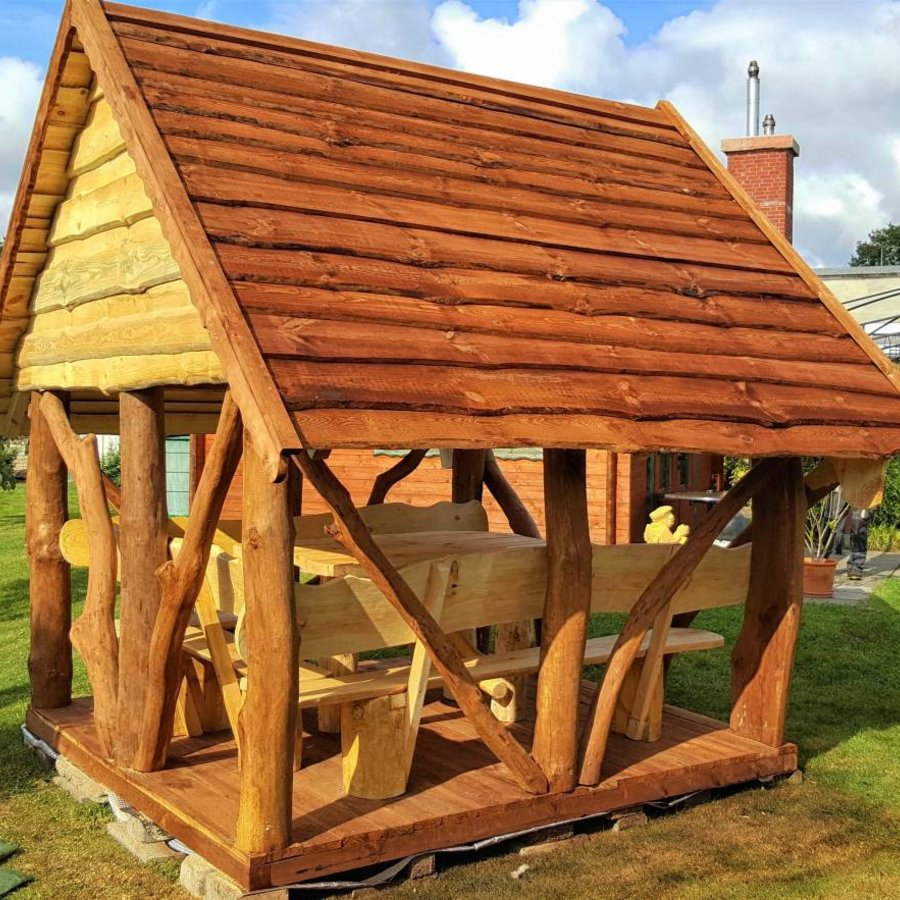 Rustikale Pavillons