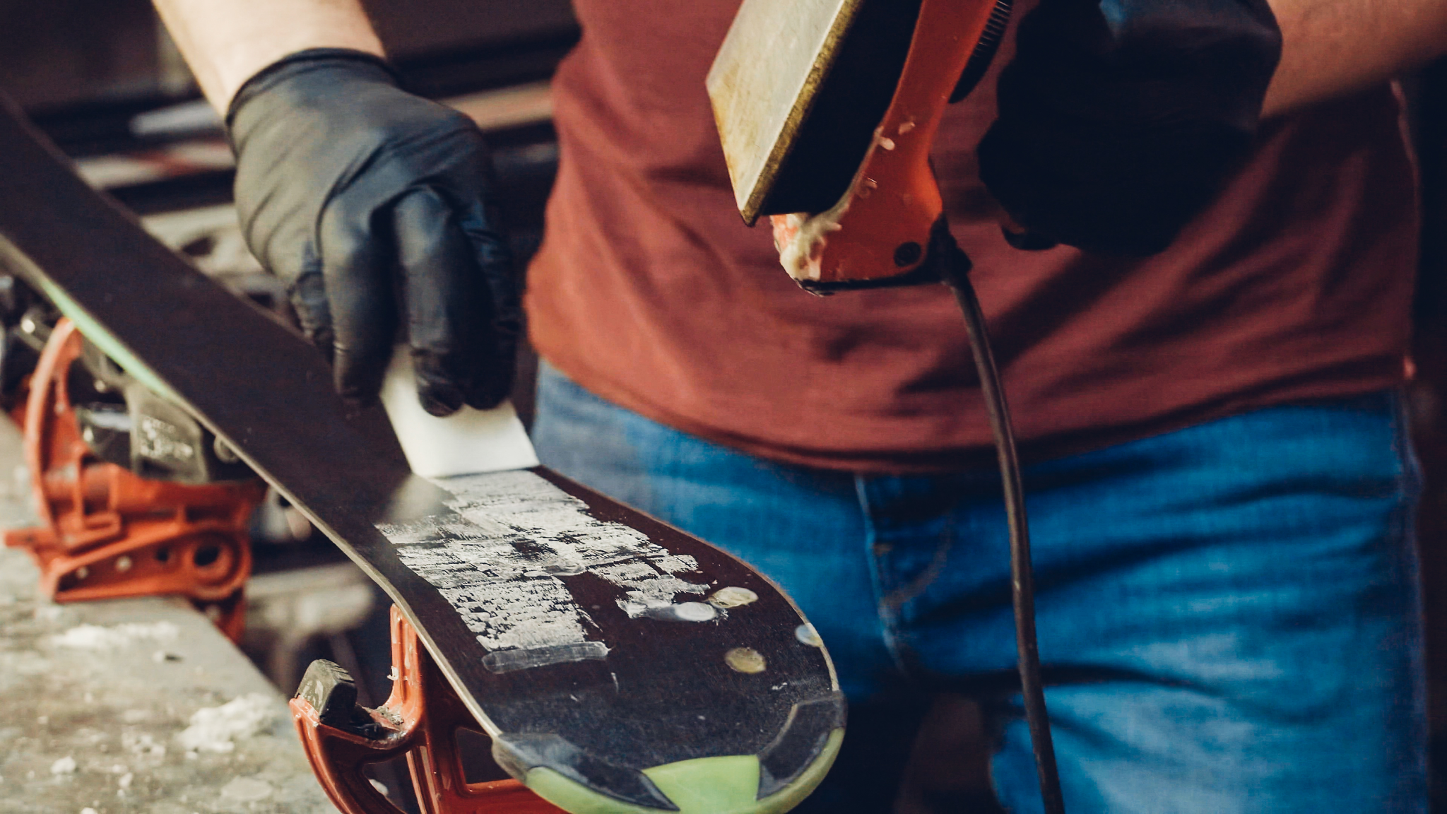 How to: Waxing your skis/snowboard