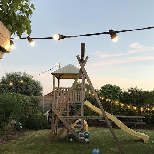 Prikkabel van 100 meter met stekker en gemonteerde fittingen
