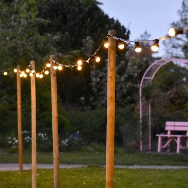 Prikkabel set met lampen met LEDs  op korte stokjes, 5 tot 100 meter
