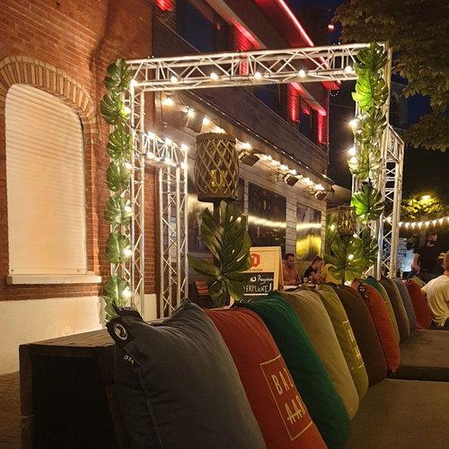Lichtsnoer voor buiten van 34 meter met 70 extra warm witte LED lampen
