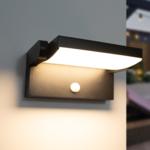 Verstelbare wandlamp Berlin met sensor - zwart