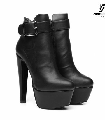 "Giaro Black  Giaro ""Destroyer"" ankle boots with big belt"