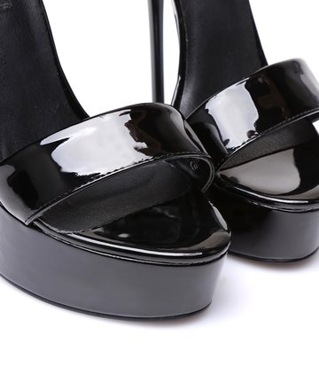 "Giaro Black shiny Giaro ""Galana"" sandals"
