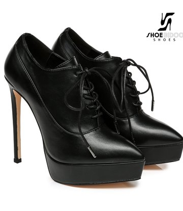 Giaro Giaro Platform lace up pumps SNUG in black with red lining