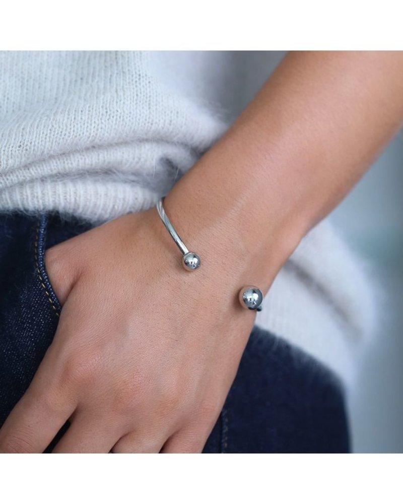 EDBLAD Atom armband   kleur zilver