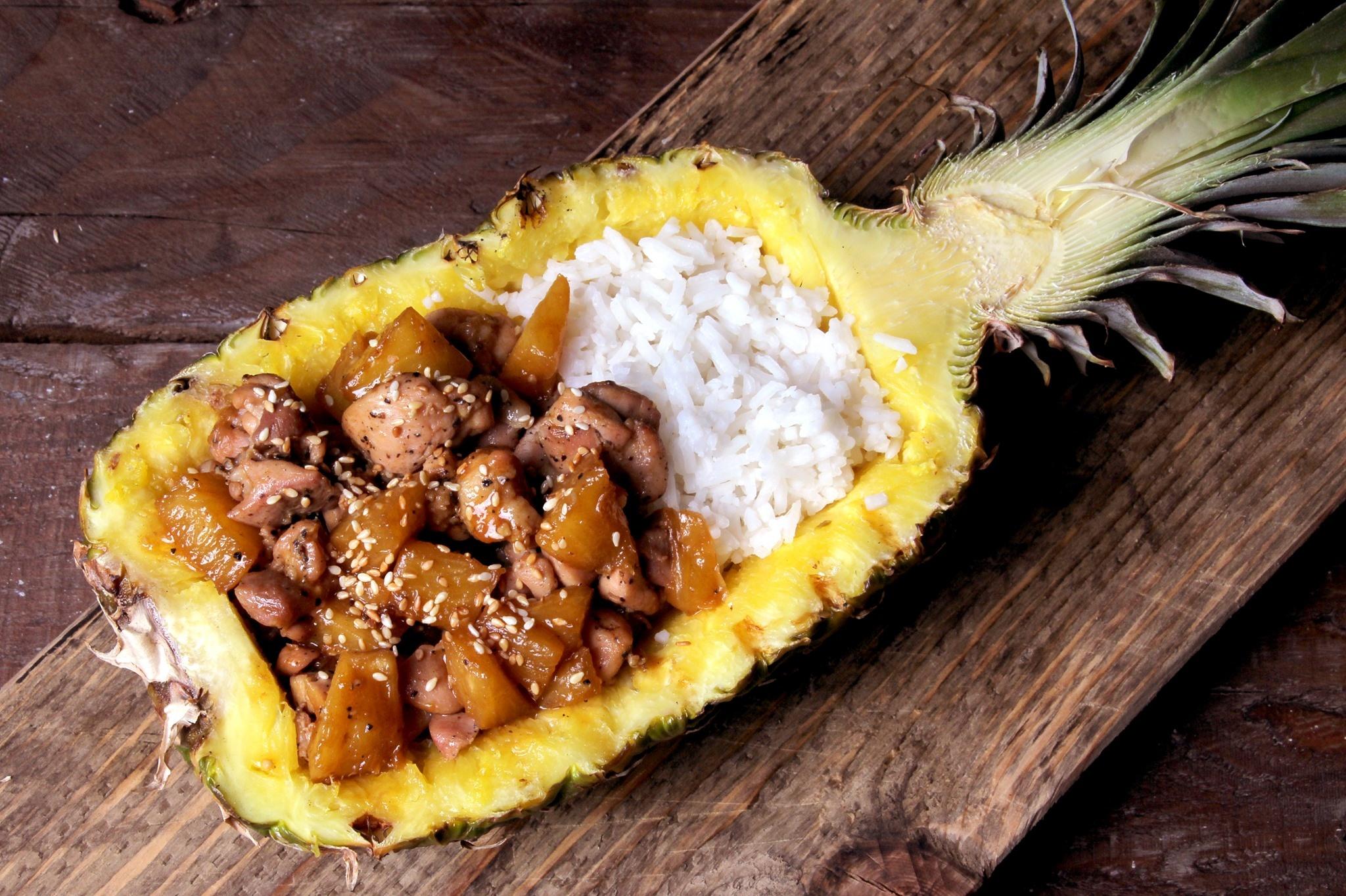 Tropische kip met ananas