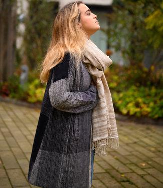 Padmaja Zwart-grijze biokatoenen jas