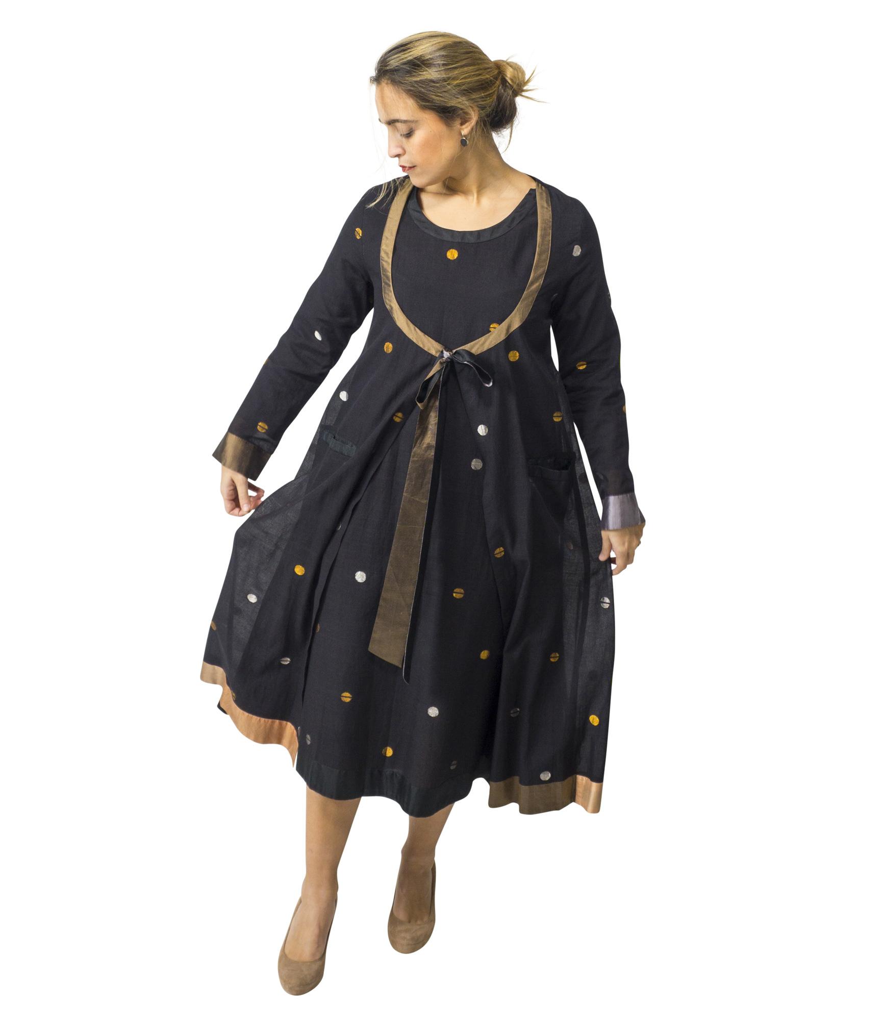 Zwarte jurk met goud en zilverdraad, katoen