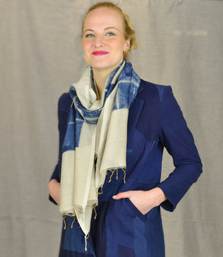 Soham Dave Cotton & silk scarf Indigo-Ivoorwit