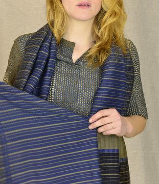 Amba Sjaal, natuurlijk indigo, merinowol en zijde