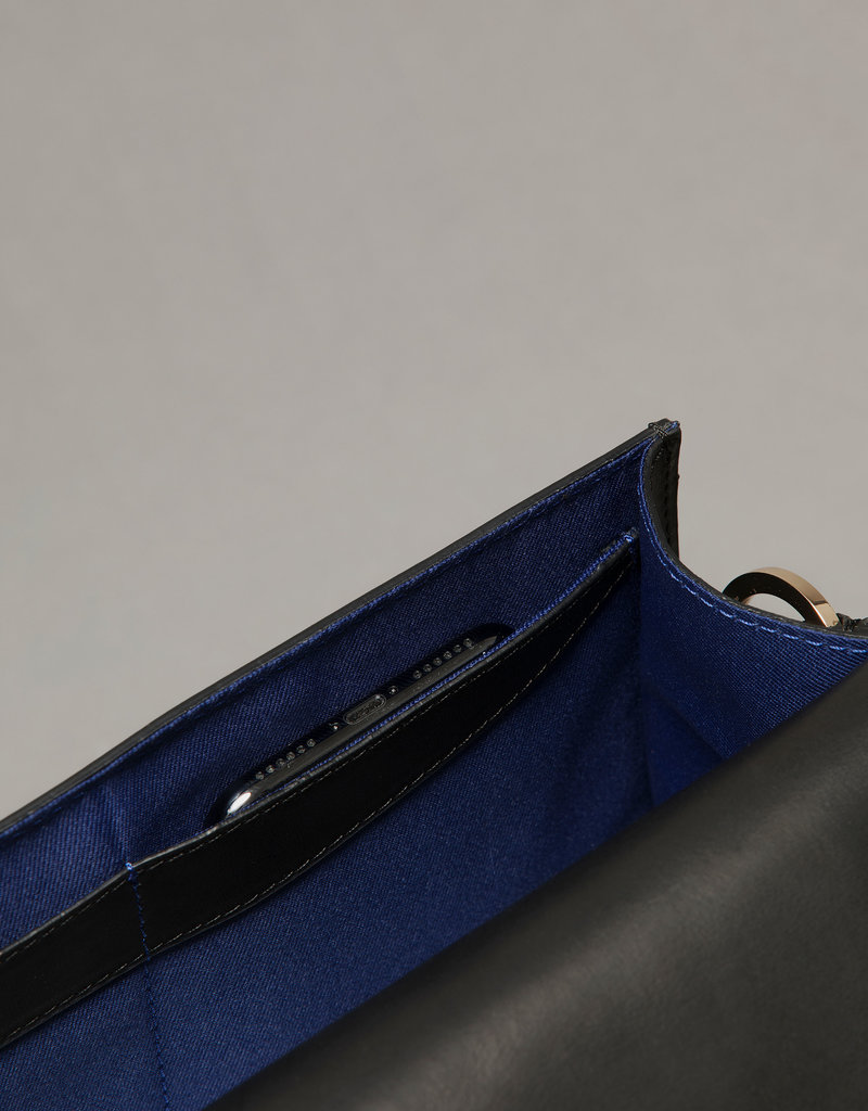 Ms. Bay Ms. Bay sassy satchel