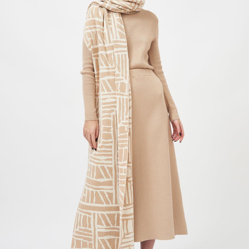 Mila.vert Mila.vert knitted art bricks scarf  cream sand