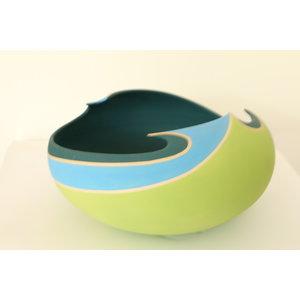 """BDB-kunst Een kunstige schaal in blauw, groen, azuurkleuren """"Artistic Restlessness"""""""