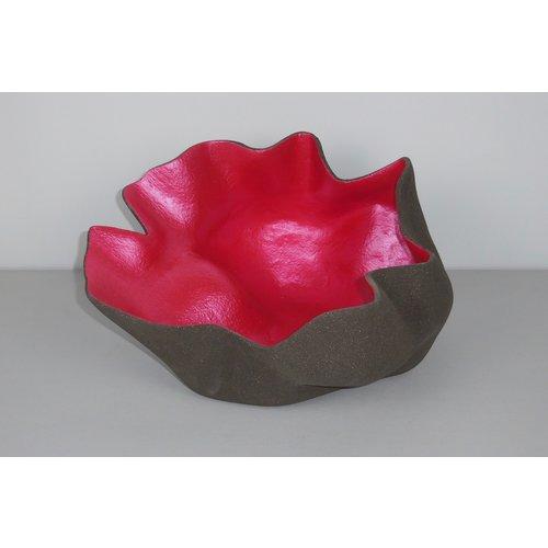 ChiaroEscuro-design Un plat décoratif unique fait à la main, unique en son genre, pouvant être trouvé avec un seul article par modèle et par couleur.