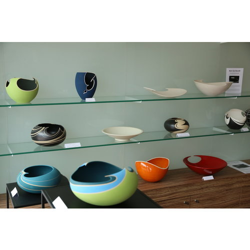 """BDB-kunst  A perfectly turned handmade red shiny bowl """"The final Solution"""""""