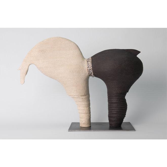 """Genummerd kunstwerk Paard 26 binnen de reeks """"contrasten beweging"""""""