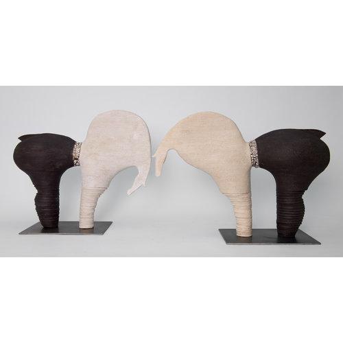"""MARO-kunst Genummerd kunstwerk Paard 27 binnen de reeks """"contrast en beweging"""""""