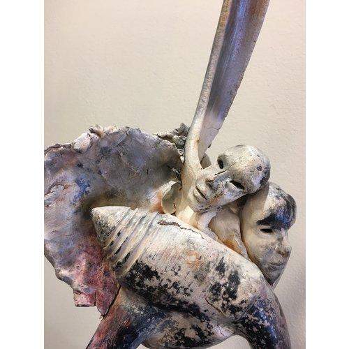 "Ecchie-kunst Keramische muterende kunst ""Tripod 064"""