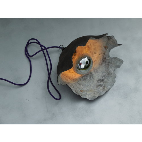 ChiaroEscuro-design The Mystery Earth is a mood lamp from ceramics with character that will certainly stand out in your interior.