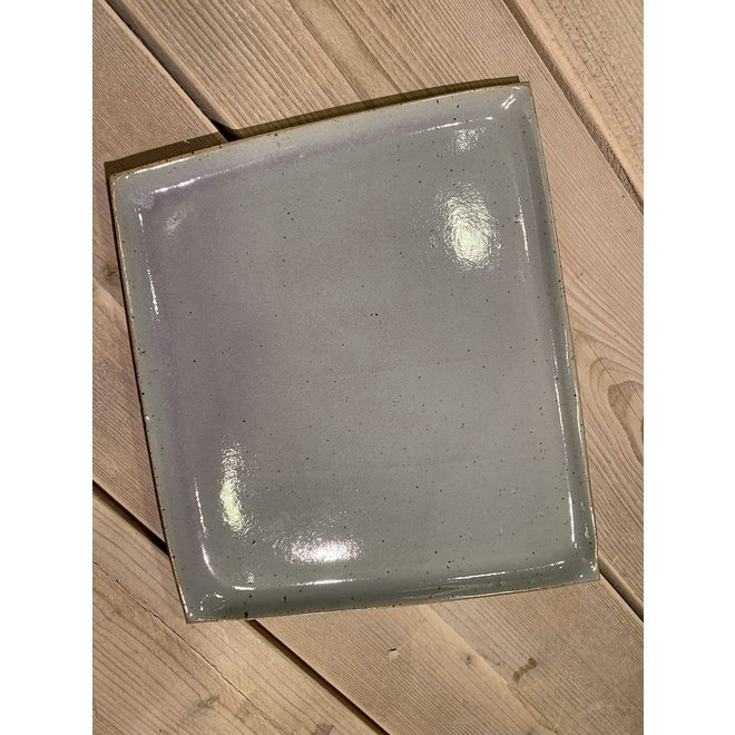 A plate ideal for appetizer, cake, sushi, cheese, tapas, breakfast, lunch, dinner, apero
