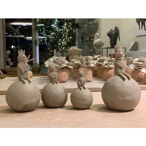 """ARTISANN-design Une décoration de Noël unique et exclusive en porcelaine et grès sur le thème """"Le Petit Prince"""" est vendue en Edition Spéciale chez Artisann."""