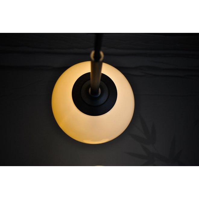 De Bonny lamp is werkelijk een lichtgevende parel in jouw interieur