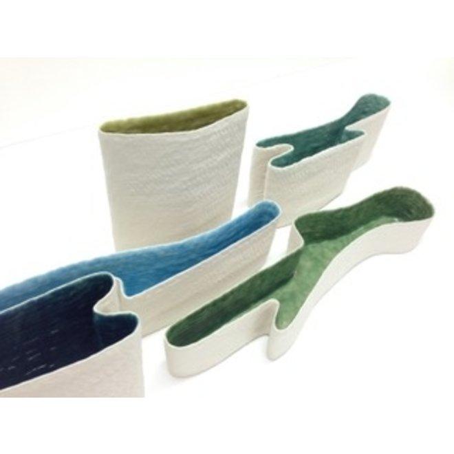 """Vazen """"Lakes"""" handgemaakte in verschillende vormen en kleuren."""