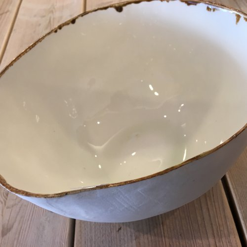 Un plat creuse exclusif décore votre intérieur