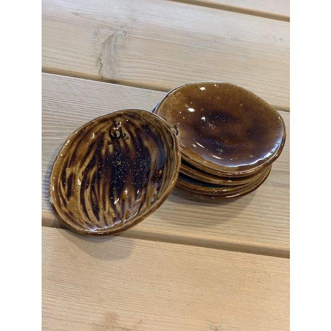 """Schaaltje """"Honey"""" gebruikt men voor hapjes maar ook zeer leuk voor als schoteltje van een koffietas of mok."""