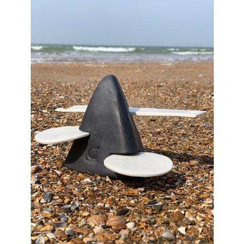 ARTISANN.i-design Ornement de table fait main en forme pyramide avec accessoires en porcelain