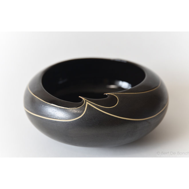 "Ceramic and Art ""Black and Beautiful"""