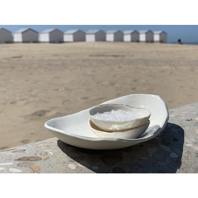 Handgemaakt verfijnd zout, peper en olieschaaltje in Porselein met een subtiel gouden randje